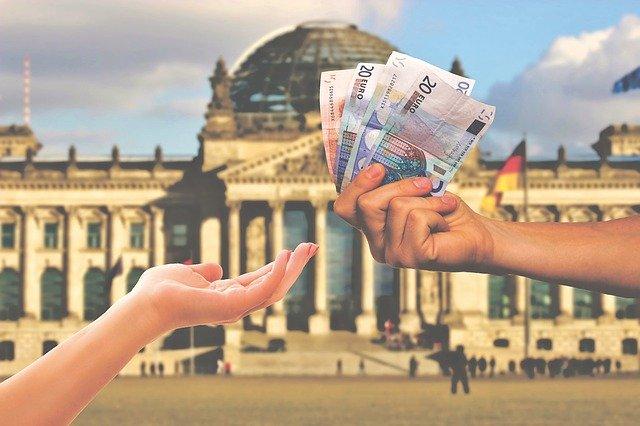 Weltweit Euro